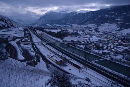 PITTELOUD Mélanie - plaine valaisanne sous la neige